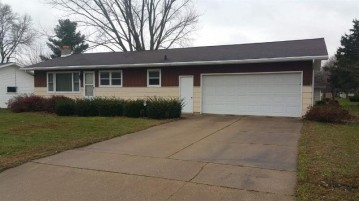 325 Walnut St, Sauk City, WI 53583-9999