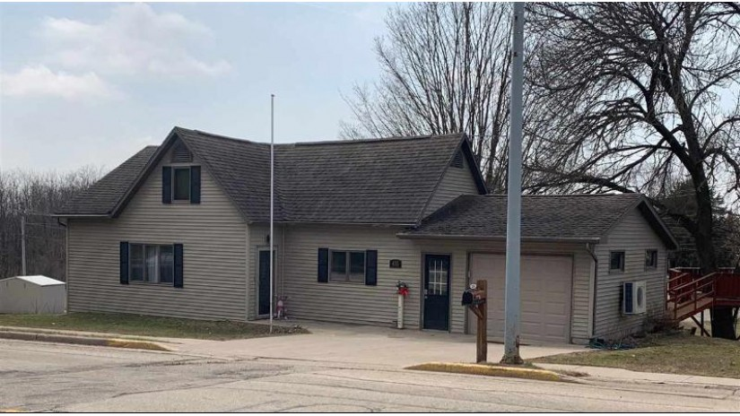 435 Main St Linden, WI 53553 by Garthwaite Auction & Realty, Llc $129,900