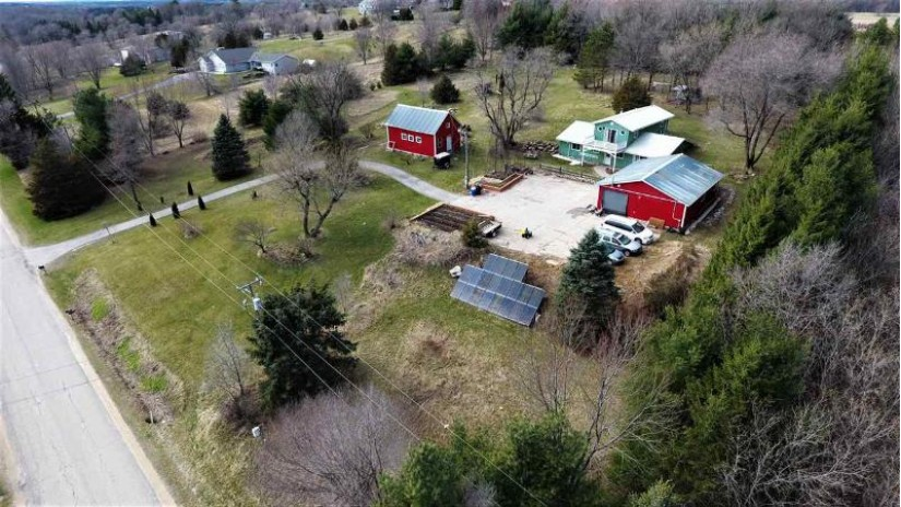 W5444 Bend Rd Princeton, WI 54968 by Wisconsin Special Properties Llc $180,000
