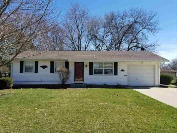 2618 9th Ave, Monroe, WI 53566