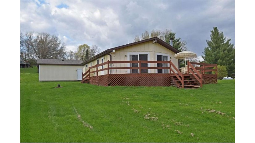 E4689 Jay Ct La Valle, WI 53941 by Re/Max Preferred $249,900