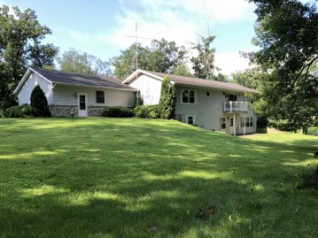 E6380 tainter hollow rd, Franklin, WI 54665