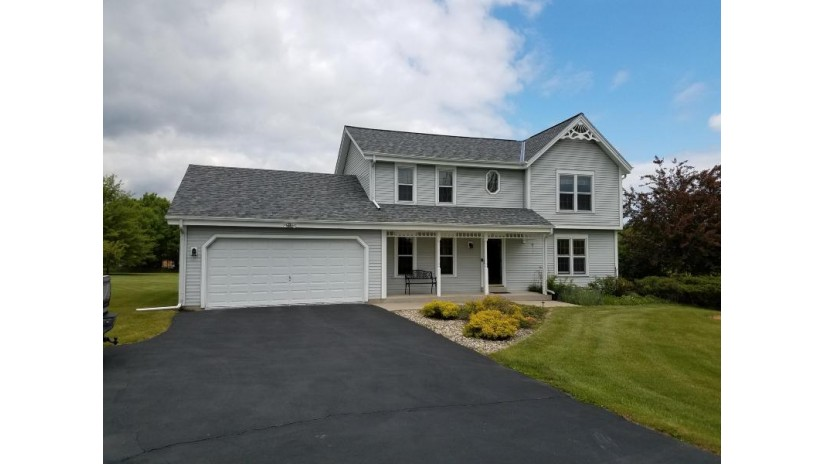 264 Hidden Bluff Rd Belgium, WI 53013-1560 by Homestead Realty, Inc~milw $339,500