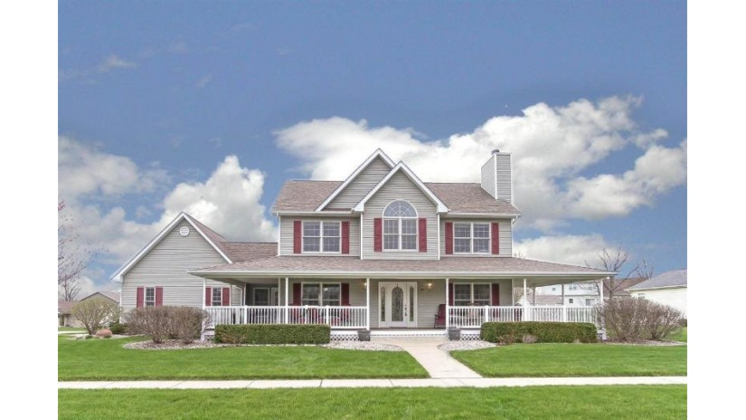 192 Lynne Dr Twin Lakes, WI 53181 by RE/MAX Plaza $314,900