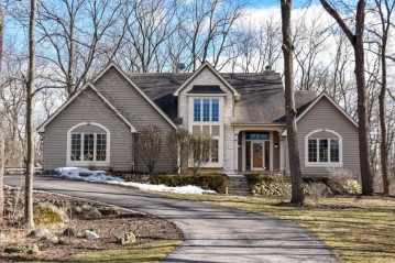 28525 Fowlers Bay Dr, Waterford, WI 53185-3544