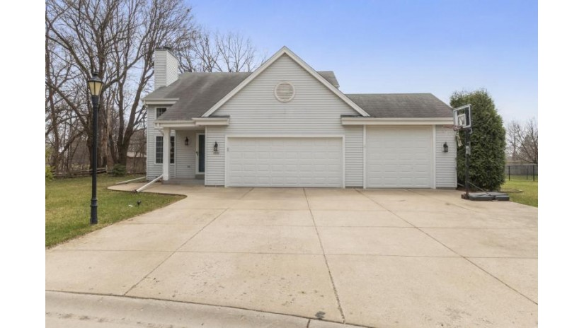 2531 Posekany Ln East Troy, WI 53120 by D'Aprile Properties $320,000