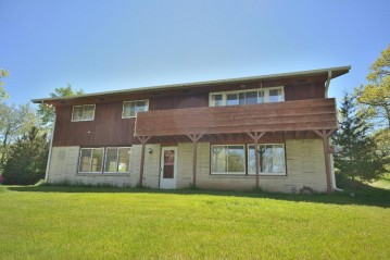 W367S9857 South Rd, Eagle, WI 53119-0261