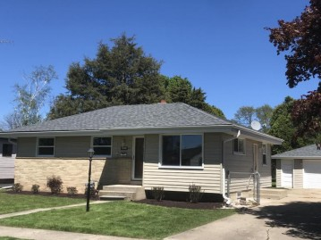 1881 19th Ave, Kenosha, WI 53140-1653
