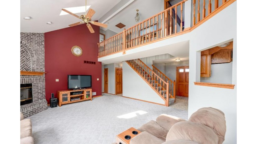 11469 W Balboa St Franklin, WI 53132 by Benefit Realty $384,900