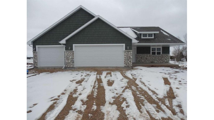 207 AUBREY Court New London, WI 54961-7324 by Coldwell Banker Real Estate Group $234,900