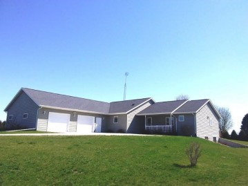N6513 FISHER Road, Lamartine, WI 54932-8717