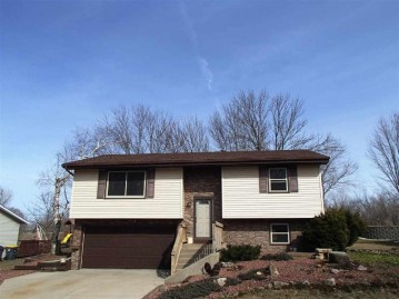 1820 2nd Ave, Monroe, WI 53566