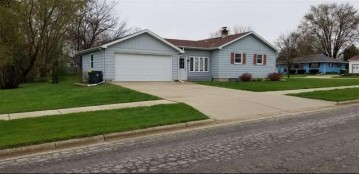 627 28th Ave, Monroe, WI 53566
