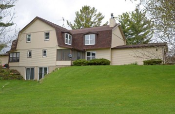 507 Saddle Ridge, Pacific, WI 53901