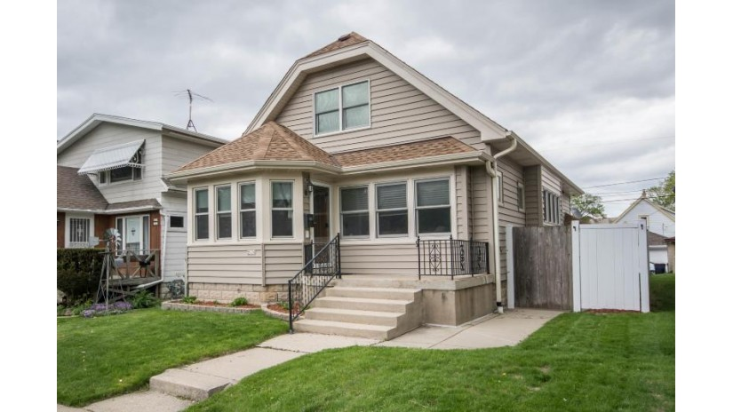2228 S 62nd St West Allis, WI 53219-2139 by Keller Williams Realty-Milwaukee Southwest $189,900