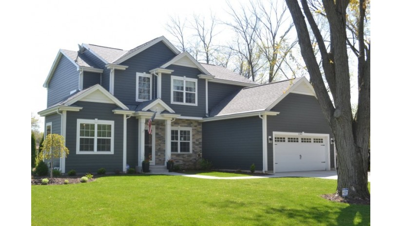 1290 Chester St Brookfield, WI 53005-7100 by Shorewest Realtors $539,900