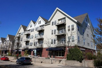110 S Wisconsin St 3E, Port Washington, WI 53074-2249