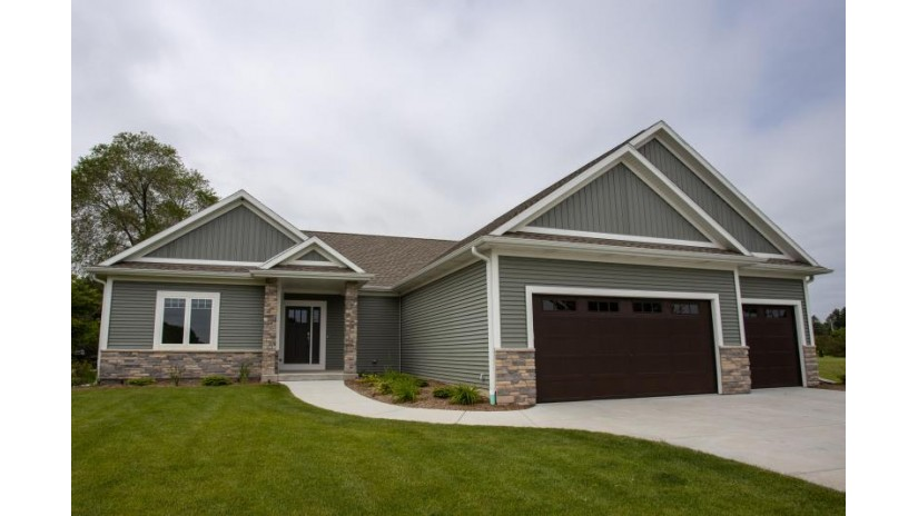 W226S9393 Ripple Brook Ct Big Bend, WI 53103-9217 by Assist 2 Sell Right Price Realty $439,900