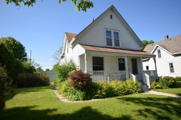 443 W Michigan St, Port Washington, WI 53074-2115