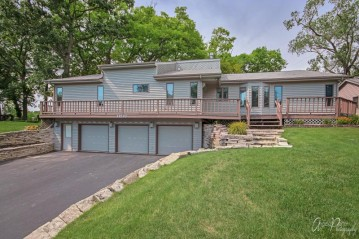 39220 90th Pl, Randall, WI 53128