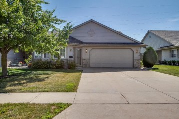1939 27th Ave 14, Kenosha, WI 53140-4695