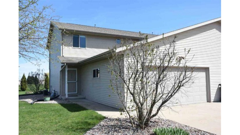 916 RIVERVIEW Drive Little Suamico, WI 54141--886 by Score Realty Group, LLC $145,900