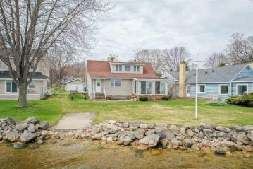 624 HUNTERS POINT Road, Neenah, WI 54956-4906