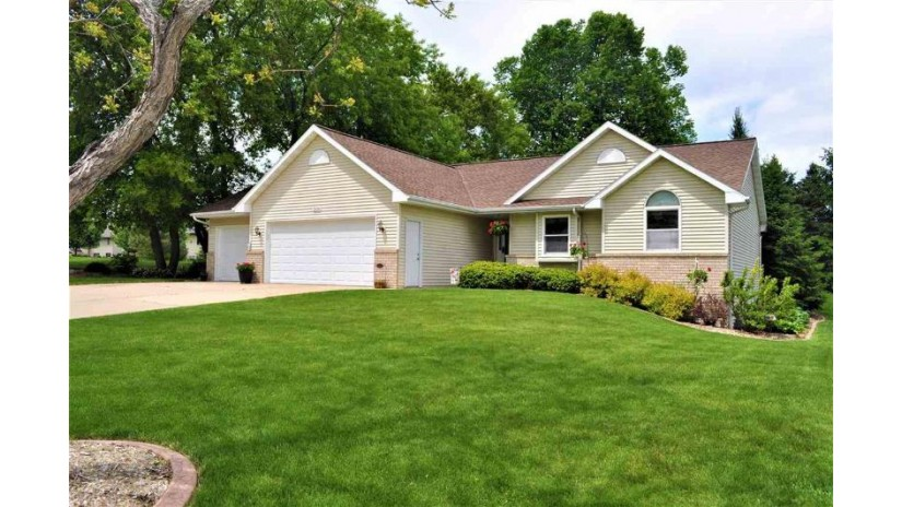 3126 JAGUAR Lane Howard, WI 54313-9240 by Coldwell Banker Real Estate Group $249,800