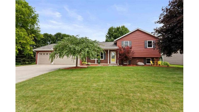 2136 W ROSELAWN Drive Grand Chute, WI 54914-6816 by Coldwell Banker Real Estate Group $239,900