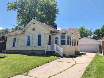 1814 7th St, Monroe, WI 53566