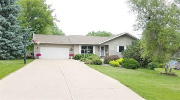 341 Harris St, Mineral Point, WI 53565