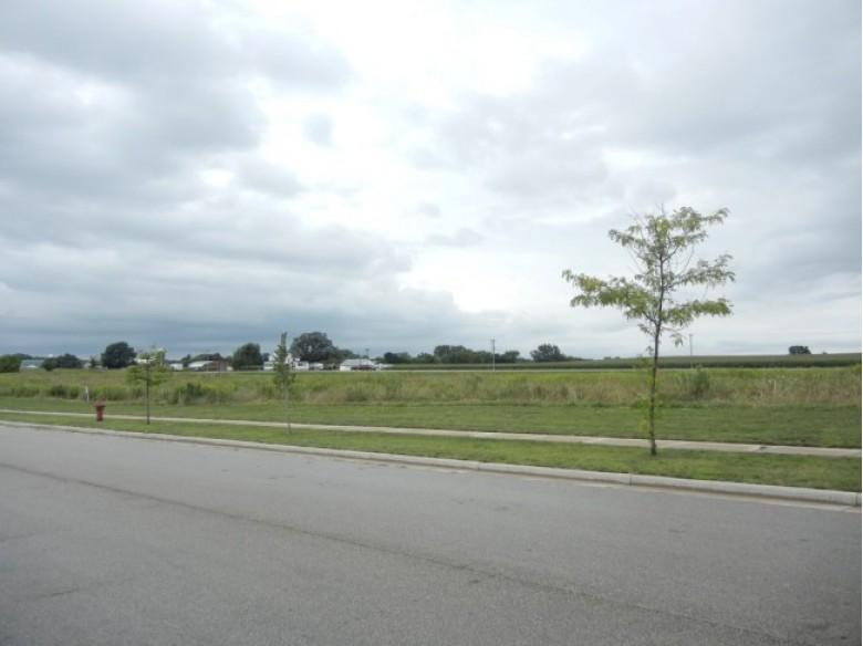 L3 Liuna Way DeForest, WI 53532 by First Weber Real Estate $666,468