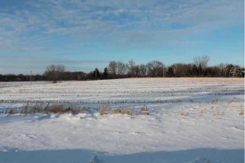 L3 Oasis Ln, Lake Mills, WI by First Weber Real Estate $129,900