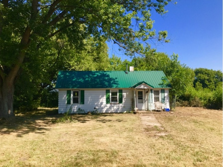 1915/E12350 Man Mound Rd, Baraboo, WI by First Weber Real Estate $74,900