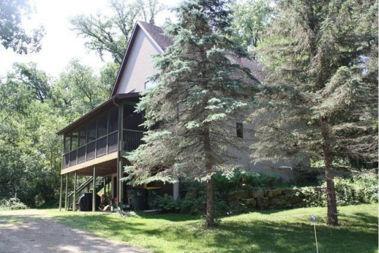 21100 Ingwell Rd Blanchardville, WI 53516 by First Weber Real Estate $379,900