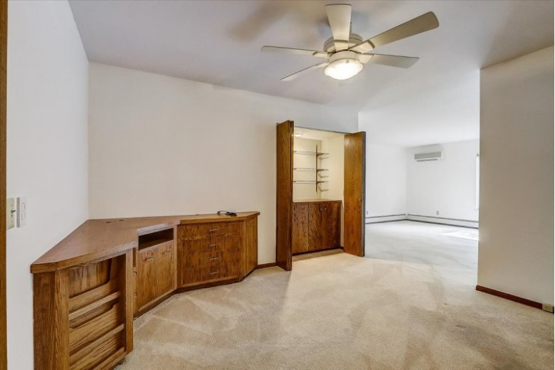 4924 Whitcomb Dr 6 Madison, WI 53711 by First Weber Real Estate $195,000