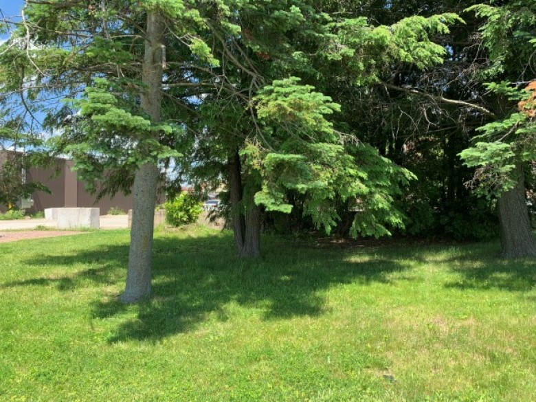 109 E 6th Street, Marshfield, WI by First Weber Real Estate $74,900