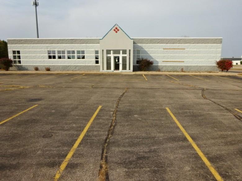 5225 Heffron Court, Stevens Point, WI by First Weber Real Estate $6,900