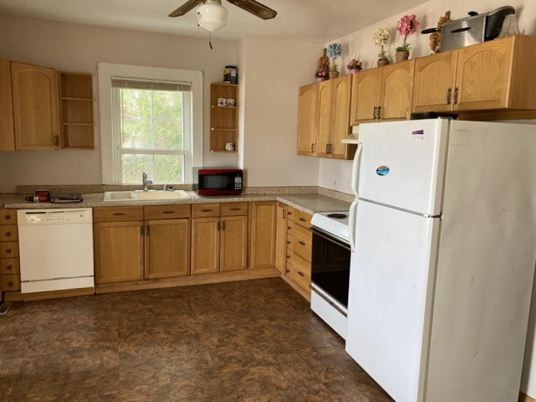4830 8th Street South Wisconsin Rapids, WI 54494 by First Weber Real Estate $139,000