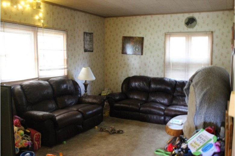 1117 State Highway 73 1113 STATE HIGHWAY 73 Wisconsin Rapids, WI 54494 by First Weber Real Estate $199,900