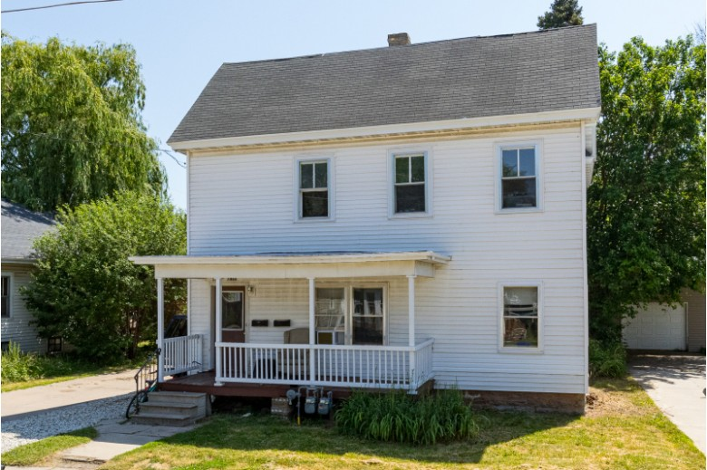 746 Central Street Oshkosh, WI 54901-4402 by First Weber Real Estate $134,900