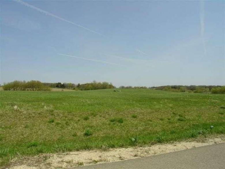 L17 Sunset Estates, Beaver Dam, WI by Century 21 Affiliated $62,900