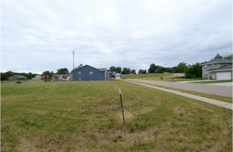 115-117 E North St, Mazomanie, WI by Bunbury & Assoc, Realtors $55,000