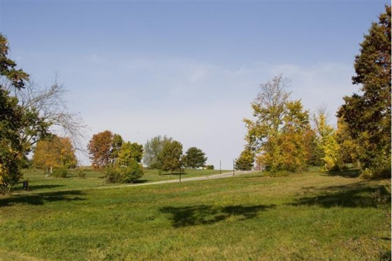L46 Arbor Ridge Way, Janesville, WI by Century 21 Affiliated $64,900