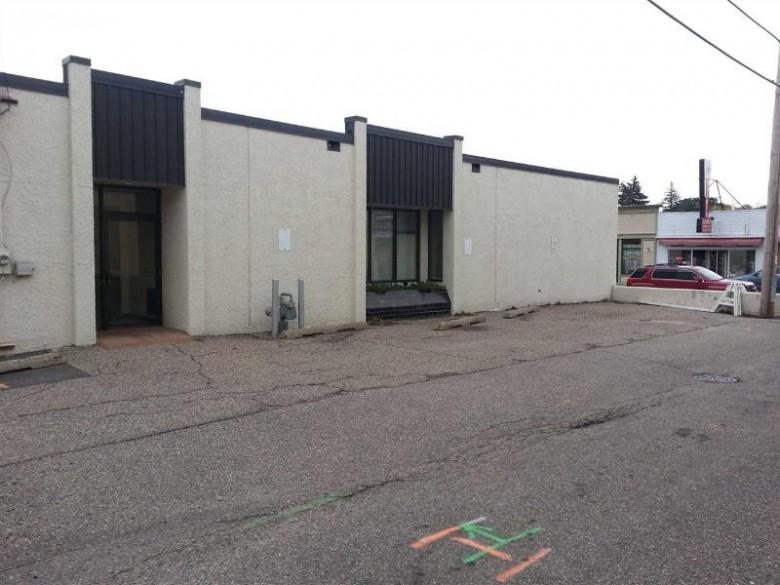 619 Oak St, Baraboo, WI by First Weber Real Estate $649,000