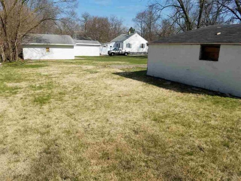 1723-1727 Euclid Ave, Beloit, WI by Century 21 Affiliated $20,000