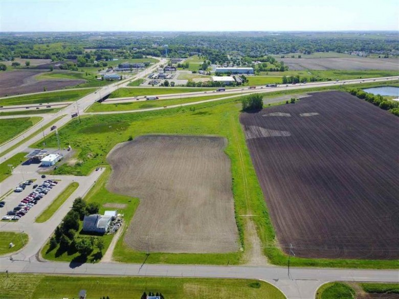 HICKORY LN -23 Ac DeForest, WI 53532 by Re/Max Preferred $500,000