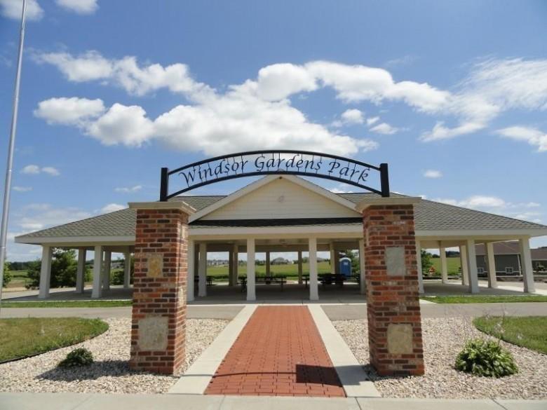 6829 Angelica Tr, Sun Prairie, WI by Wisconsin Real Estate Prof, Llc $159,000