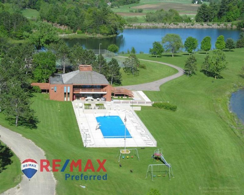 L121 STAGHORN Black Forest Dr, La Valle, WI by Re/Max Preferred $5,900