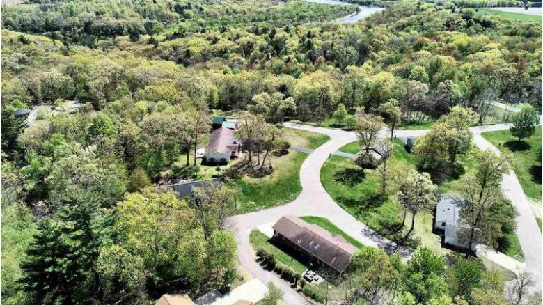 42 Golden Fawn Baraboo, WI 53913 by First Weber Real Estate $38,000